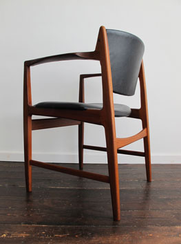 Model 4510 4513 teak dining chairs by ib kofod larsen g for G plan dining room chairs