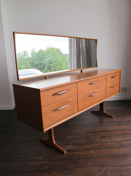outlet store 84d1e 82173 Teak Sideboard / Dressing Table by Frank Guille for Austinsuite